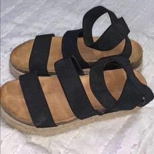 Platform black chunky sandals